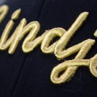 Eindje Snapback 3D Cap Zwart - Goud Logo
