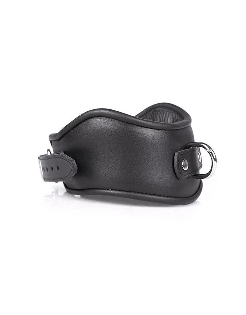 KIOTOS Leather Collar Big & Luxe