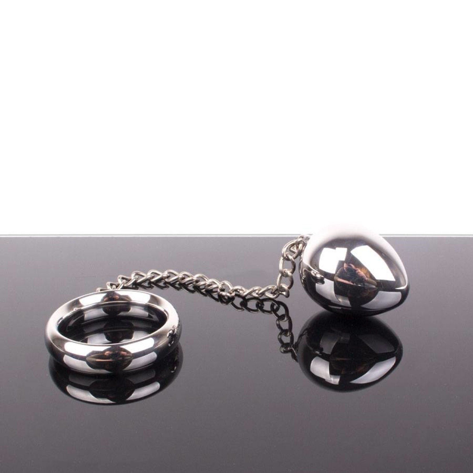 KIOTOS Steel Donut C-Ring Anal Egg with Chain 55x55