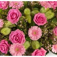 Rouwstuk roze tinten