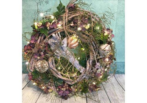 Kerstkrans paars met licht