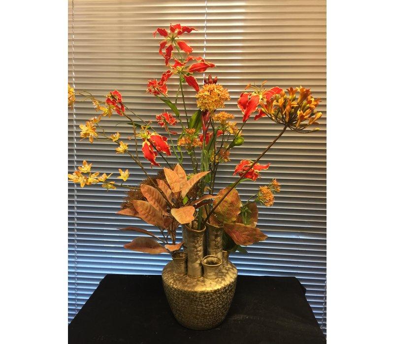 Herfstdecoratie met warme kleuren
