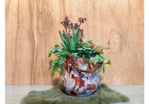 Ron Fidrio vaas opgevuld met kunstplantjes breed