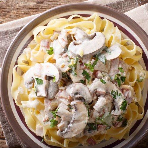 Pasta Carbonara, maar dan met wat curry