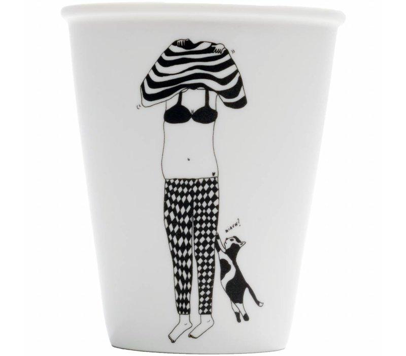 Copy of tasse en porcelaine upside down girl