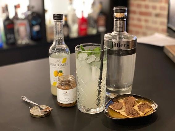 Apero: White Lady Cocktail met een pittig hapje