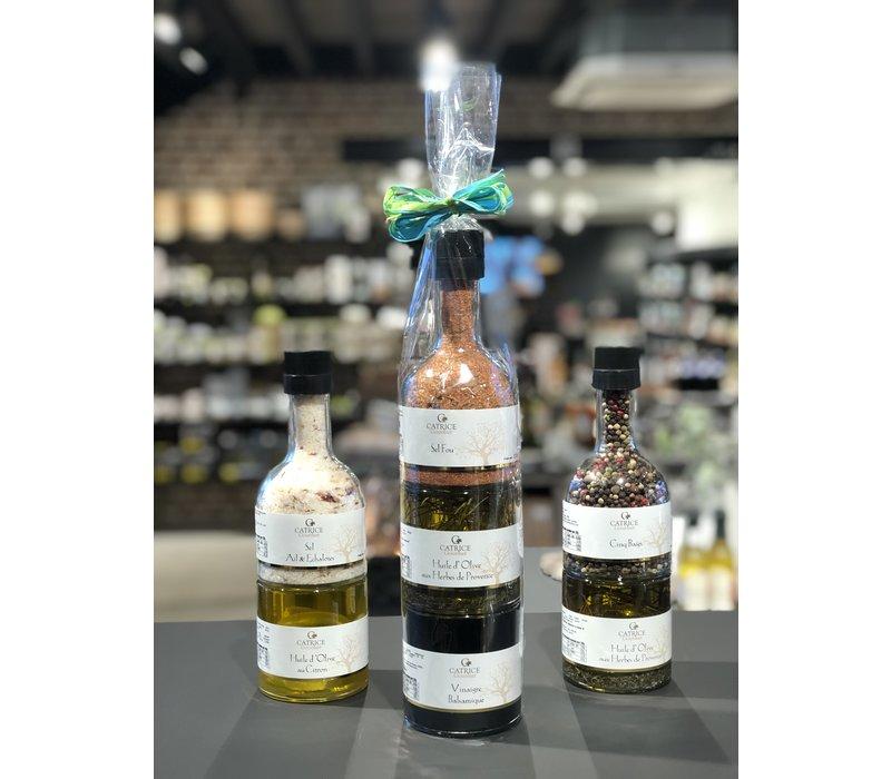 Sel au basilic dans  moulin / bouteille empilable