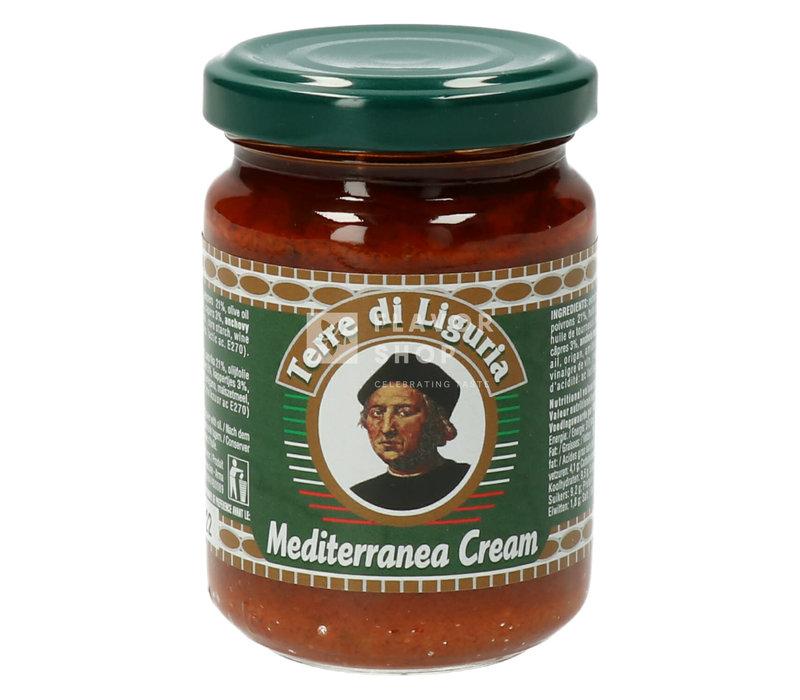 Tapenade aux anchois, tomates et poivrons