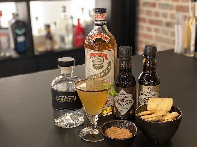 Apero: Pegu Club Cocktail + Hapje