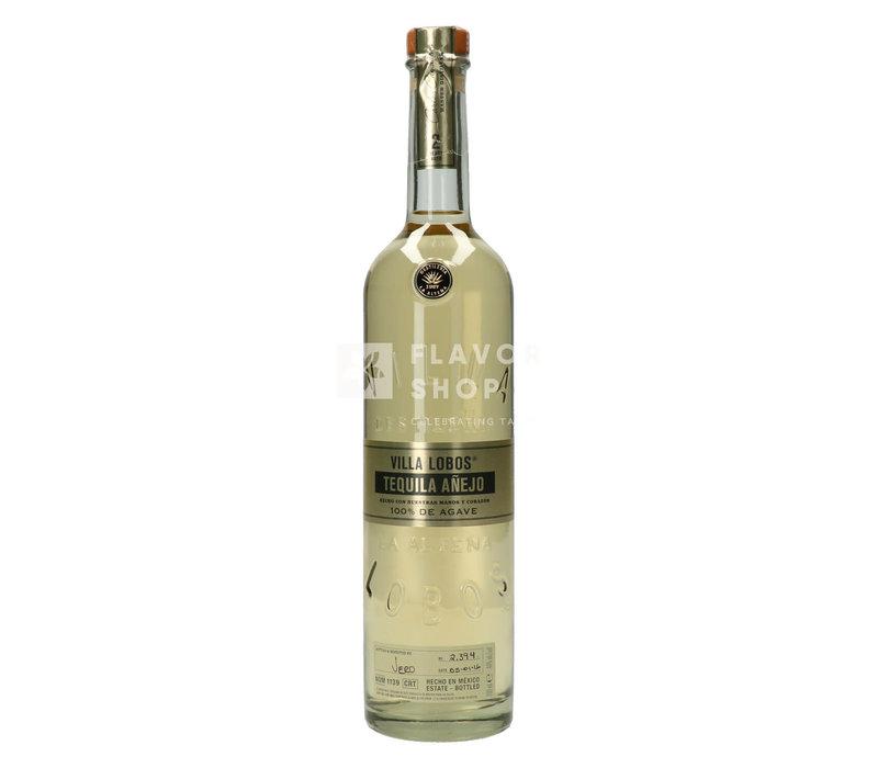 Tequila Anejo Villa Lobos
