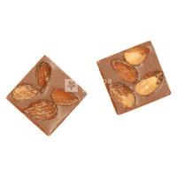 Mini Caraque Melkchocolade en Gezouten en Gerookte Amandelen