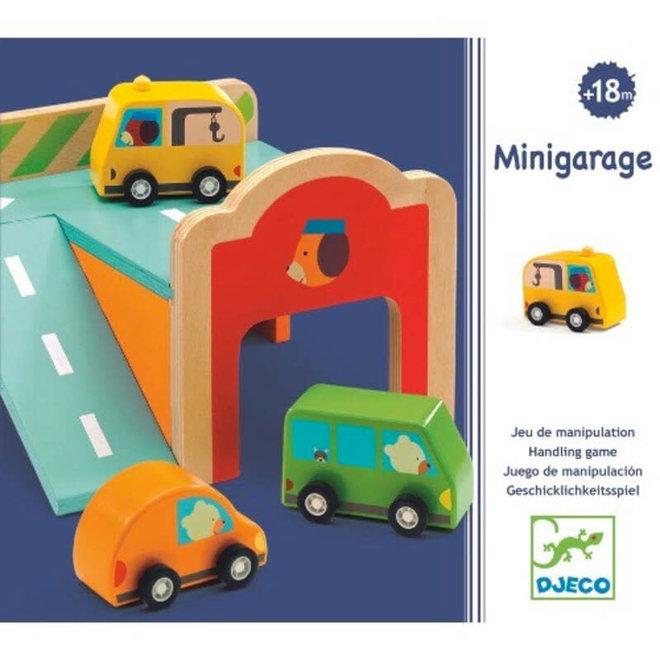 Mini garage met auto's 18m+