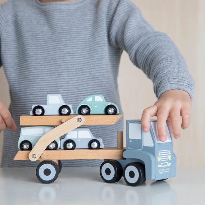 Transportwagen met 4 auto's