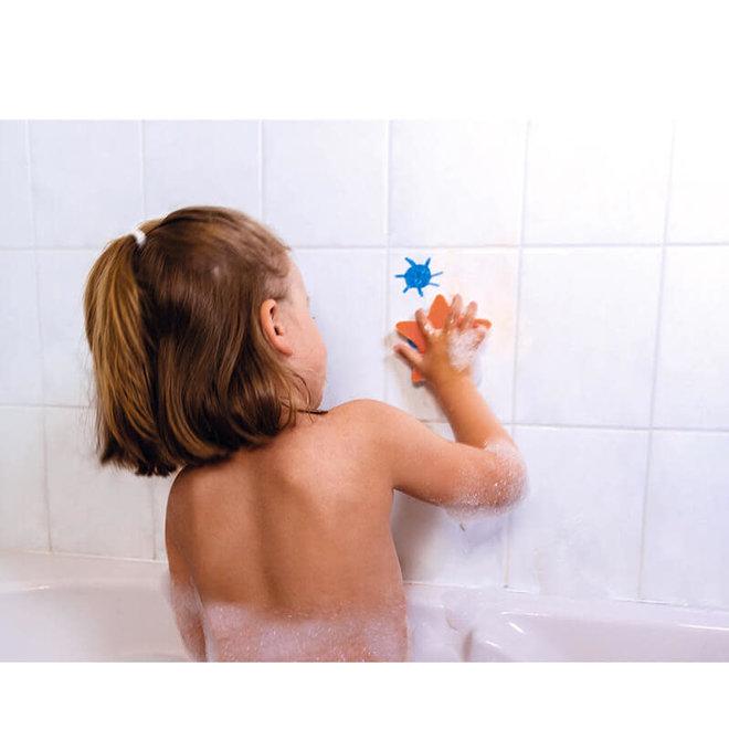 Badspeelgoed kleuren in bad 3+