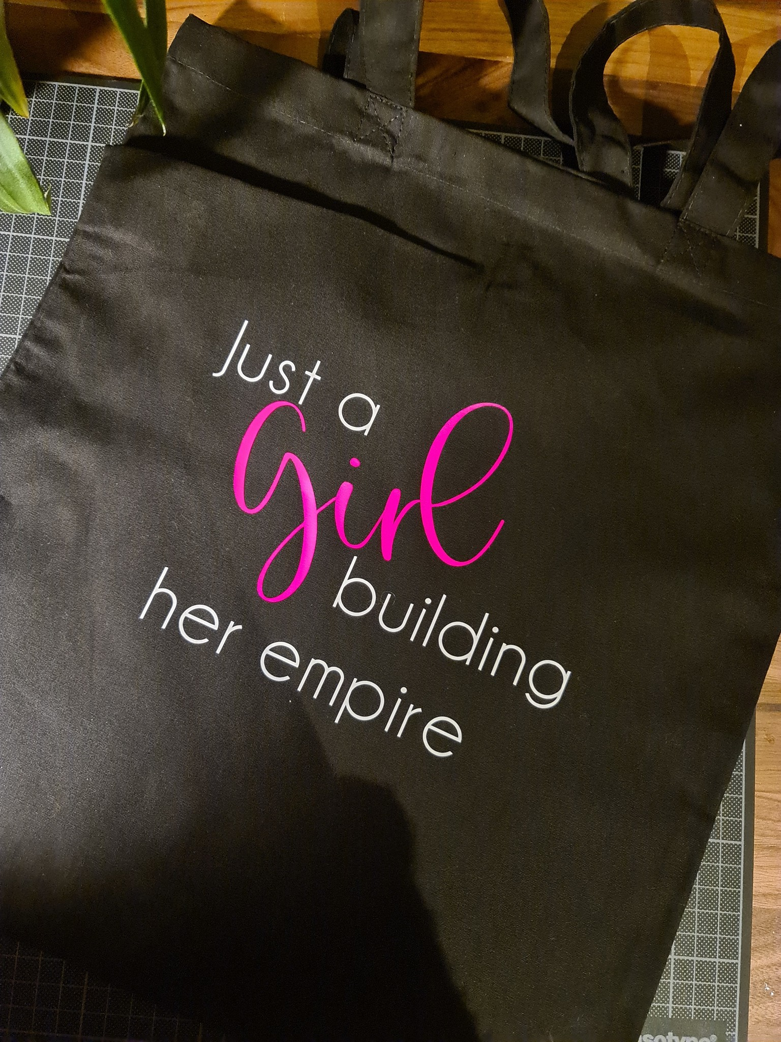 """Tote Bag """"Just a girl building her empire"""""""