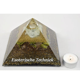 Orgonite piramide met Bergkristalbol Prehniet, Visocalsiet en Atlantisiet