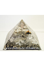 Orgone Orgonite piramide met Cryoliet, Seleniet en ruwe zirkoon in matrix