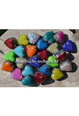 Orgonite gekleurde Hartjes met Shungite en Herkimer Diamant