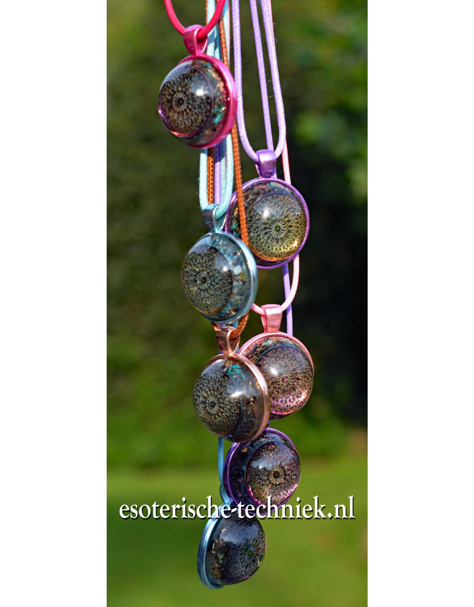 Orgonite Hanger multidimensionale kleuren met shungite en herkimer diamand