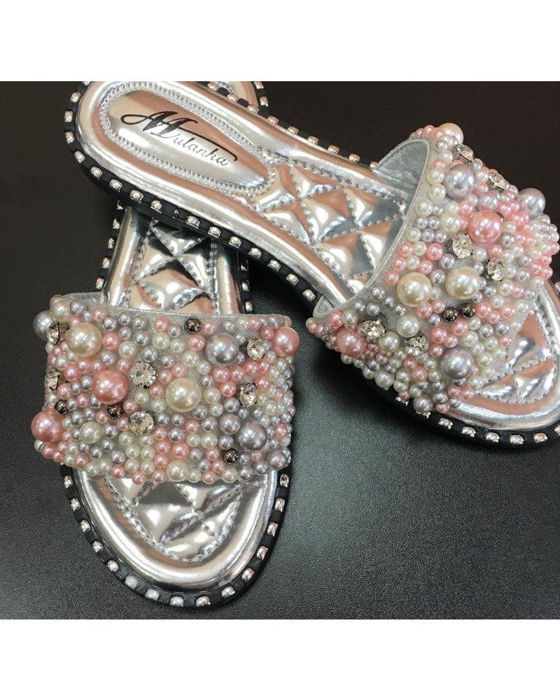 Pearl embellished sliders