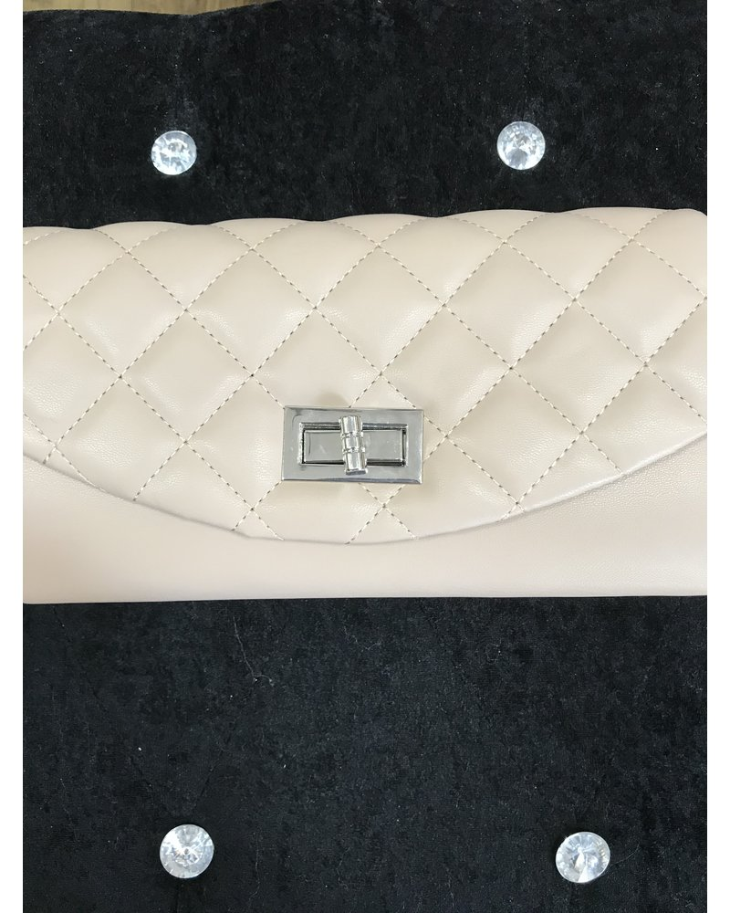 Kimberley Quilted clutch bag