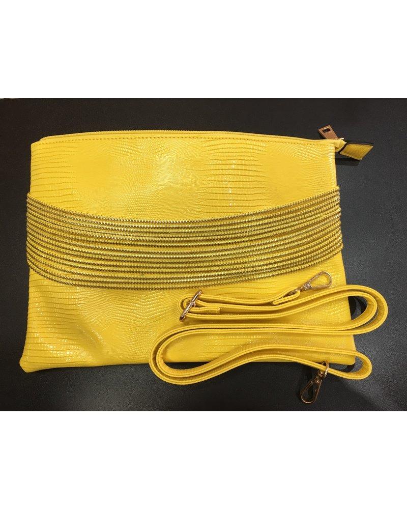 Snakeskin chain clutch
