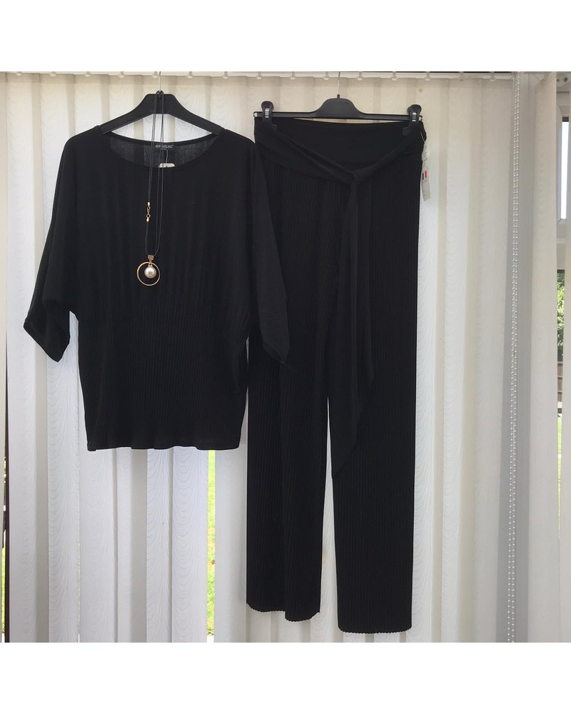 Vicky pleated top & trousers set
