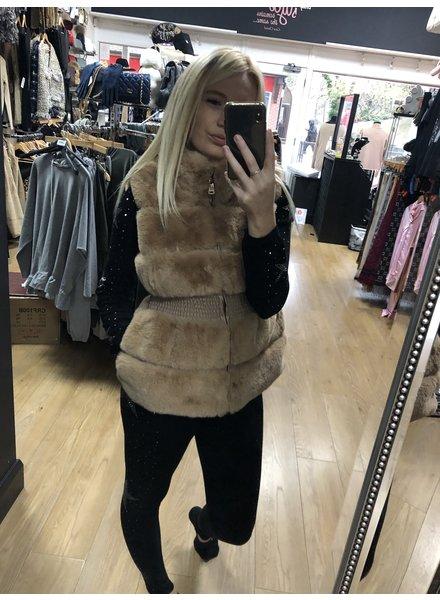 Courtney faux fur gilet