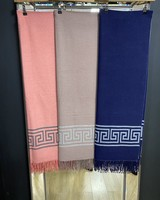 Deon scarf