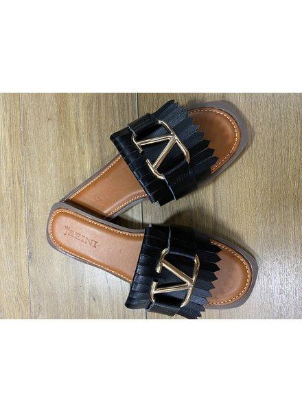 Vee Sandal