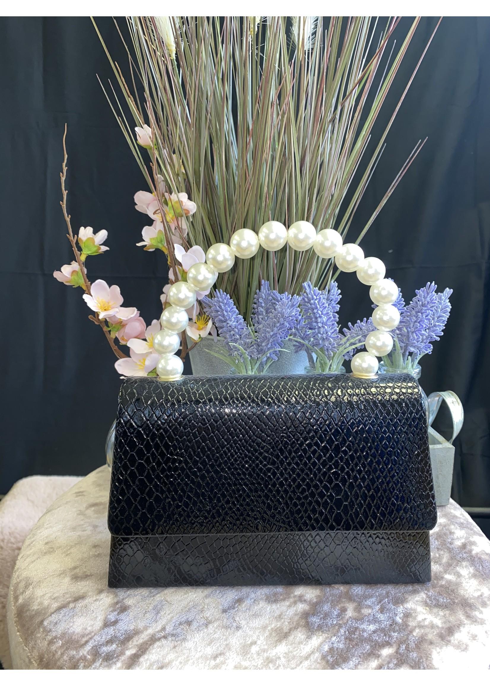 Pearl handle mini evening bag