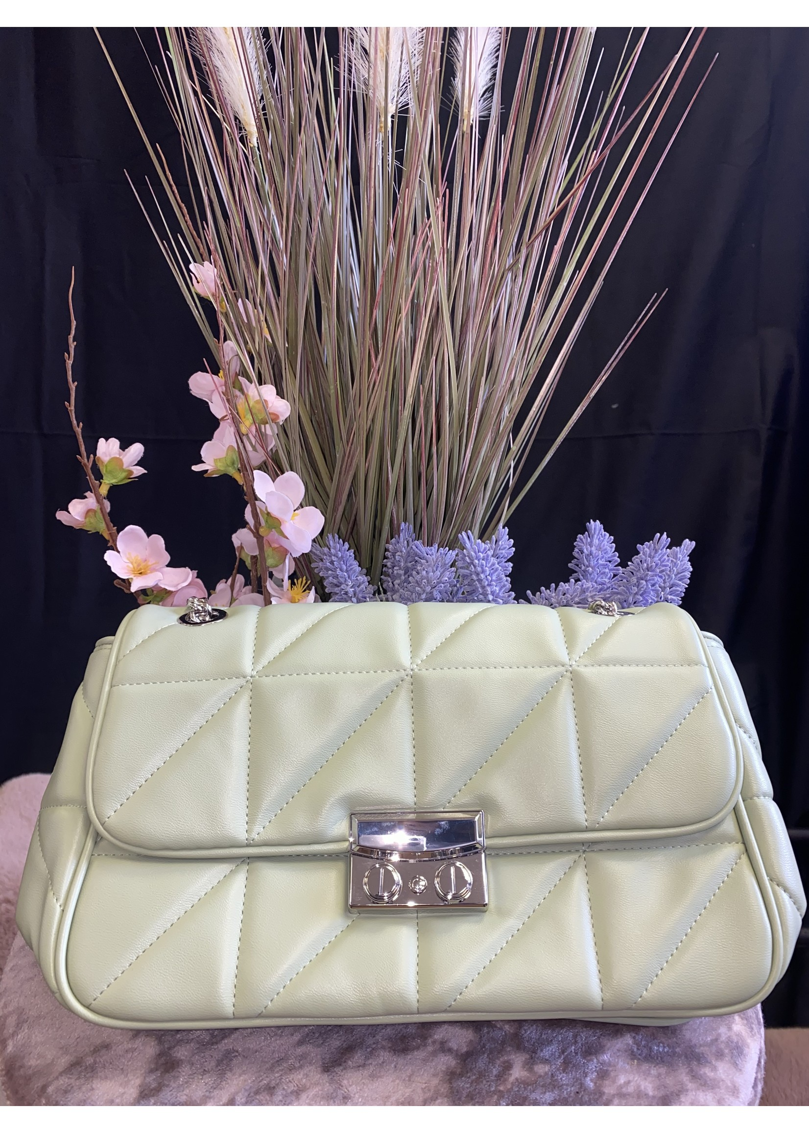 Tonia quilted shoulder bag