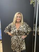 Betsy silky leopard wrap