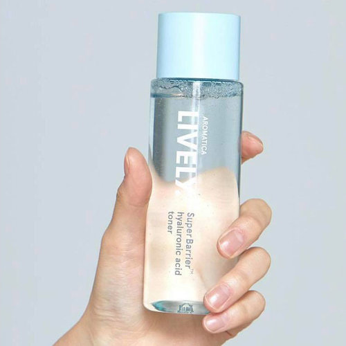 Aromatica Lively SuperBarrier™ Hyaluronic Acid Toner