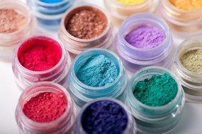Werken met Nail art pigmenten/ Chrome pigmenten
