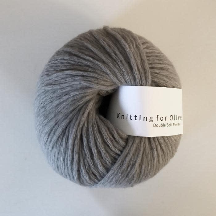 knitting for olive Knitting for Olive Double Soft Merino - Elephant