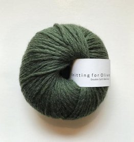 knitting for olive Knitting for Olive Double Soft Merino - Bottle Green