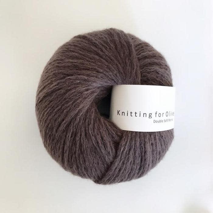 knitting for olive Knitting for Olive Double Soft Merino - Dark Moose
