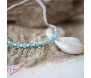 Biba armband met mat zilver en turquoise kralen