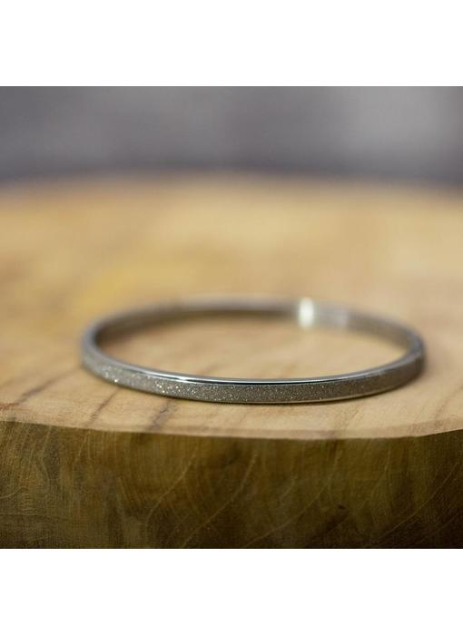 KalliKalli smalle mat zilveren glitter bangle armband