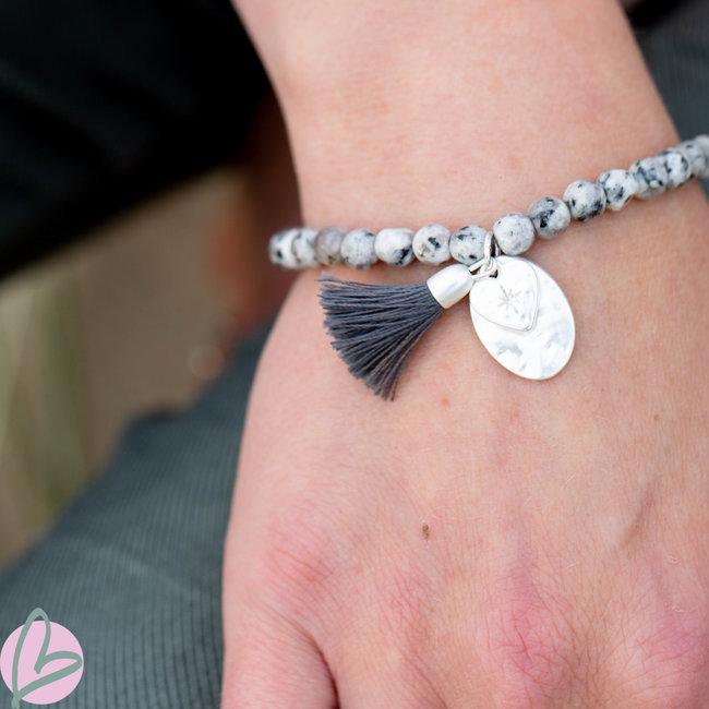 Biba armband grijs met kwast en hart