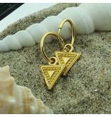 KARMA KARMA oorringen driehoek goud  bewerkt