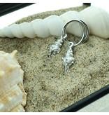 KARMA Zilver oorringen schelp