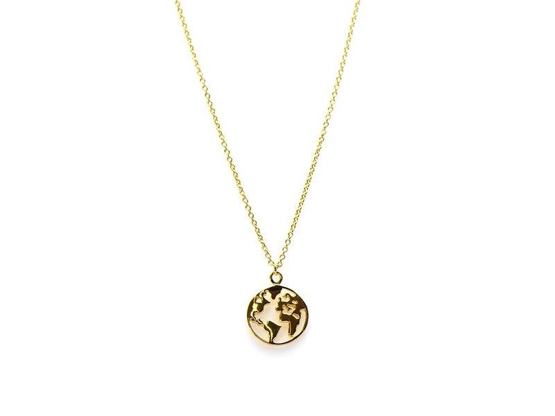 KARMA Karma ketting zilver met wereldbol  goudkleur