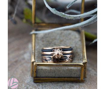 IXXXI Complete ring Zeeuwse knop  rosegoud zebra