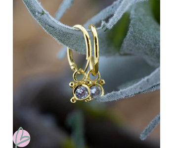 KARMA Oorringen goud dots met crystal steen