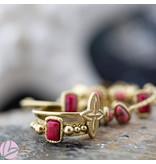 Biba Biba  ring met druppel koraal roze