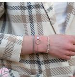Biba Zilverkleurige metalen armband met schelpje lichtblauw