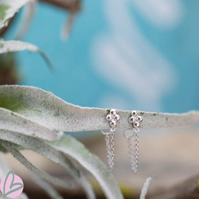 KARMA karma zilver oorstekers oorbellen met bolletjes en ketting