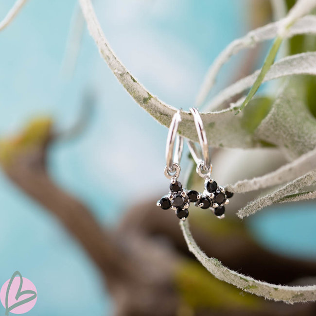 KARMA Hoops Symbol Black Zirconia Flower Fall Silver